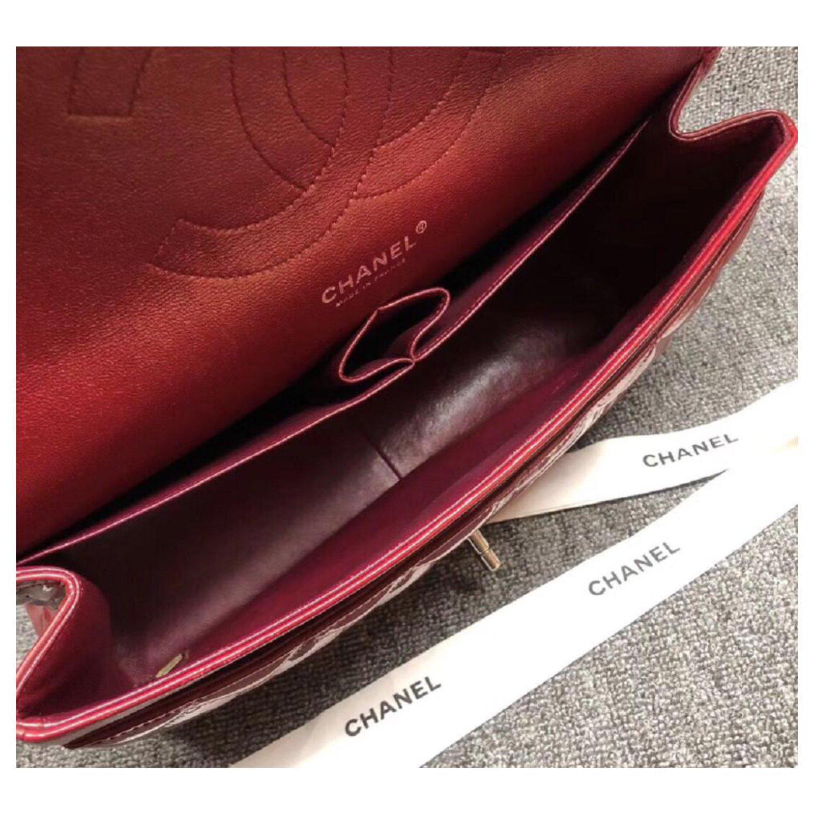 2e1aabc1fb19 Chanel Chanel Patent Red Jumbo classic flap bag Handbags Patent leather Red  ref.111788 - Joli Closet