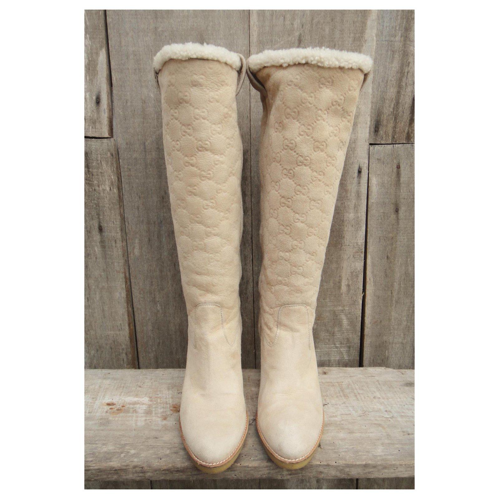 2756bde2e Gucci Gucci boots in sheep returned (shearling) Boots Deerskin Eggshell  ref.118871 - Joli Closet