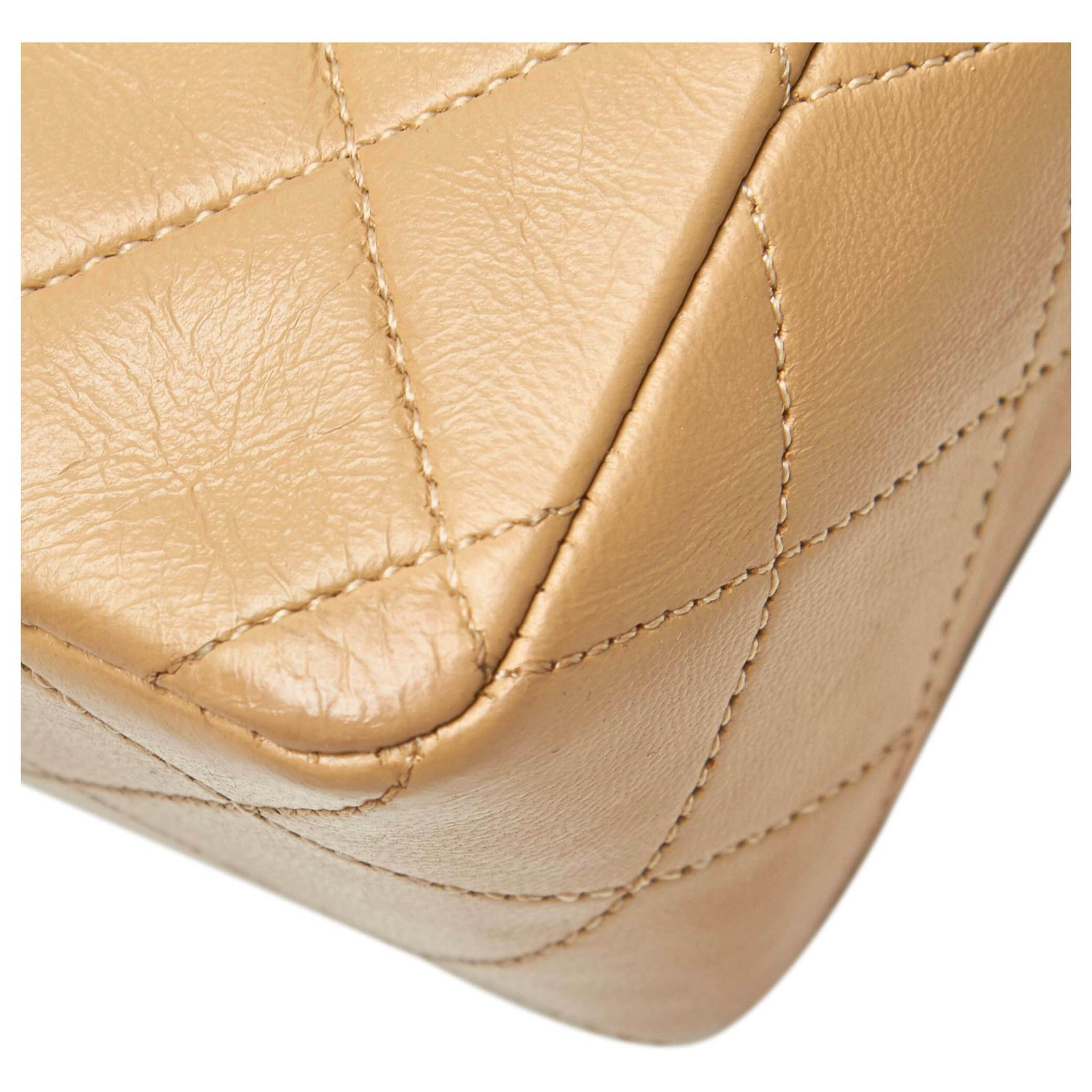 9d2bbe7665a87e Chanel Chanel Brown Classic Mini Square Lambskin Leather Single Flap Bag  Handbags Leather Brown,Beige ref.120545 - Joli Closet