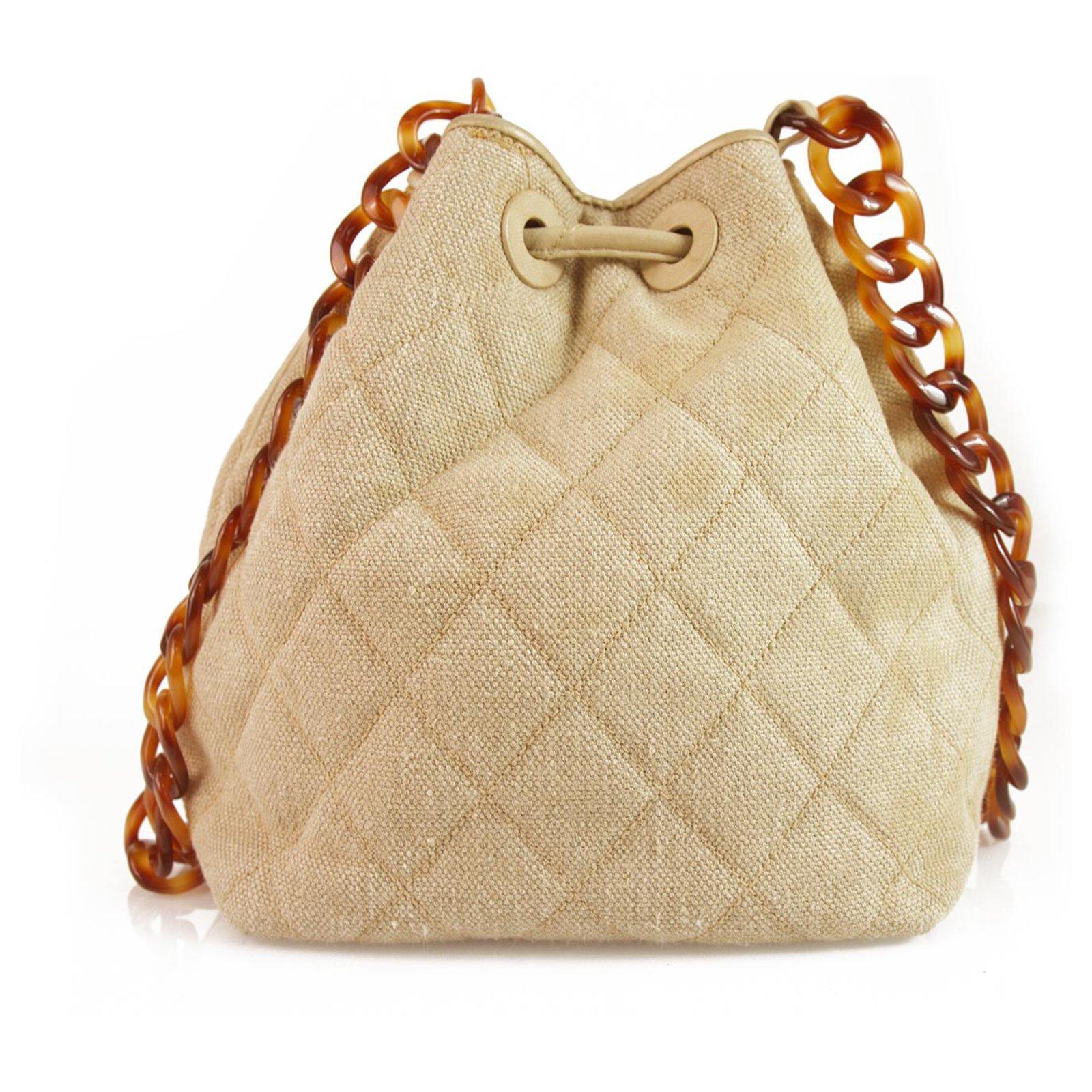 dd282af90 Chanel Chanel Vintage Beige Linen & Leather Drawstring Crossbody Bag w. Tortoise  chain Handbags Linen Beige ref.123418 - Joli Closet
