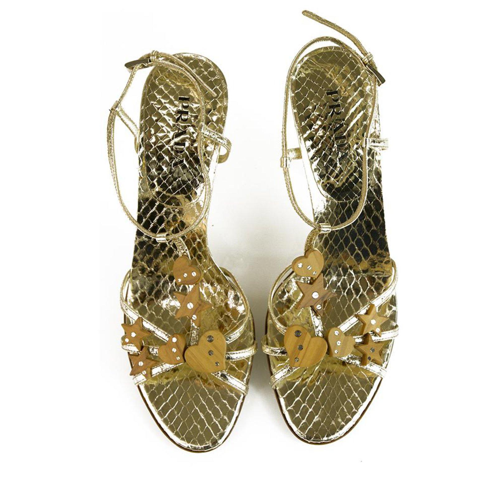 Sandales Prada Prada Chaussures à lacets en cuir gaufré à