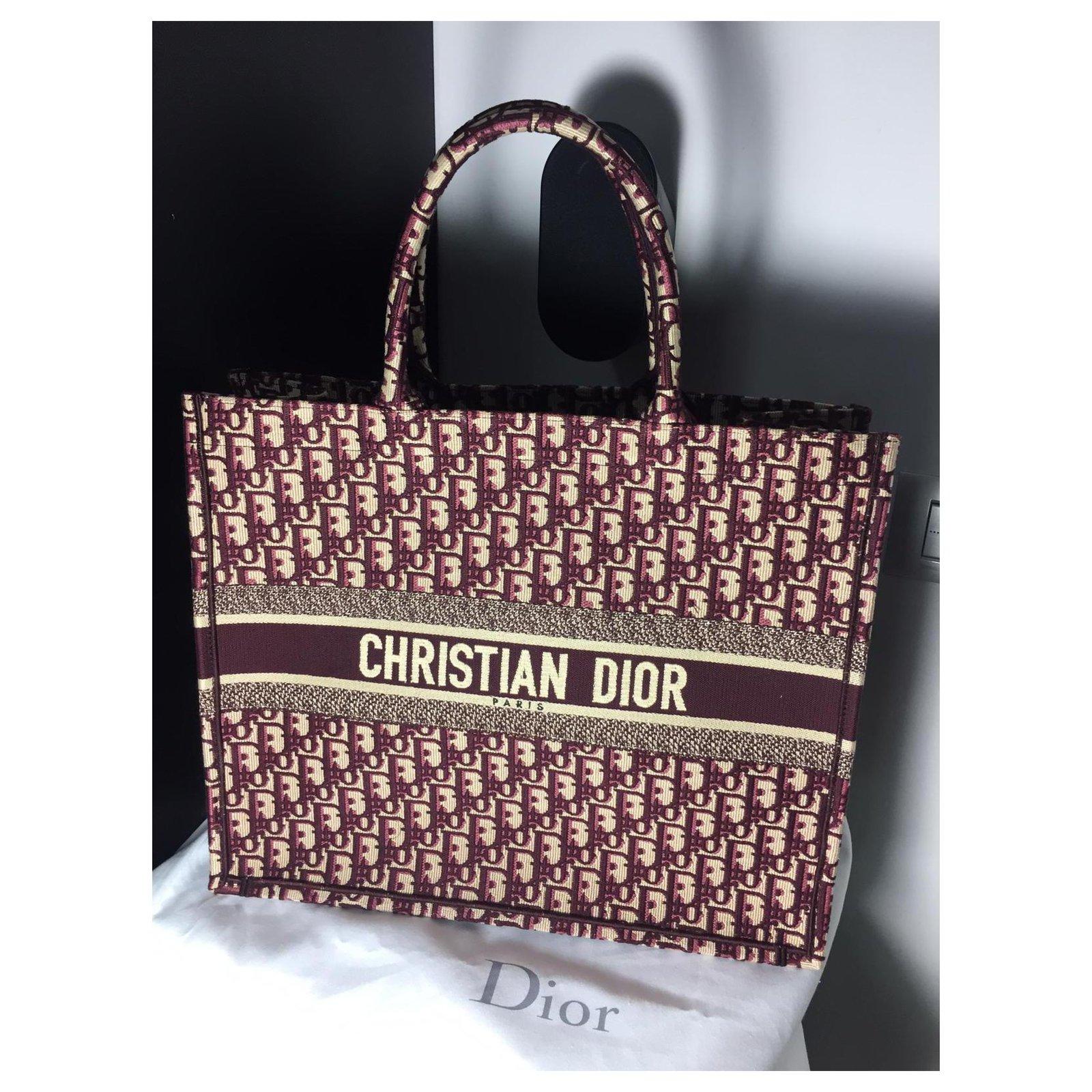 c6cce450911 Dior BORSA DIOR BOOK TOTE DIOR OBLIQUE Handbags Cotton Dark red ref.129240  - Joli Closet