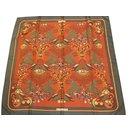 Superbe carré twill de soie de collection signé Hermès Tally-Ho