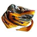 Foulards de soie - Hermès