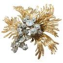 Broche Chaumet en or jaune et platine, diamants.