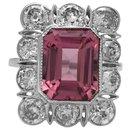 Bague à entourage en platine, diamants et tourmaline rose. - inconnue