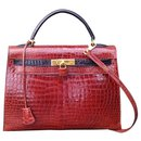 Hermès Kelly handbag 32 Vintage Etruscan and Black Crocodile Bicolor Sellier