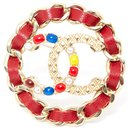 RED LEATHER CHAIN CC - Chanel