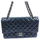 Sac Chanel Classic Medium bleu à rabat SHW