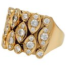 """Bague Cartier """"Diadea"""" en or jaune et diamants."""