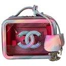 Trousse de toilette rose en filigrane PVC - Chanel