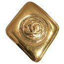 Pins & brooches - Chanel