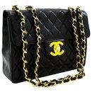 Pochette Chanel porté épaule