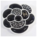 CHANEL D19 camelia brooch resin brooch white x black - Chanel