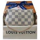 Louis Vuitton Mini Pochette accessories Azur