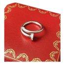 Bague Cartier Juste un Clou en or blanc et diamants