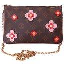 LOUIS VUITTON bag lined Zip Flowers Blooms limited edition - Louis Vuitton