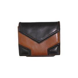 Second hand Luxury and Designer - Joli Closet 5ae854a22fe