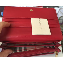 Burberry-Wallets-Red