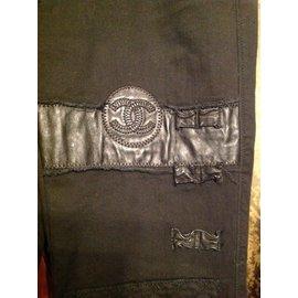 Chanel-Pantalons-Noir
