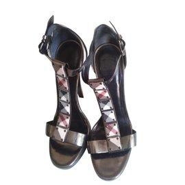 Burberry-Heels-Other