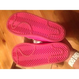 Adidas-Sneakers-Pink