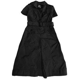 Burberry-Dresses-Khaki