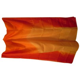 Céline-Scarves-Orange