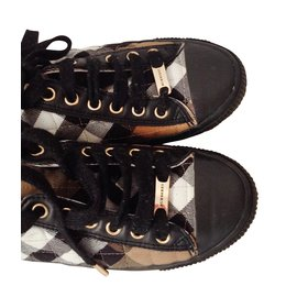 Burberry-Sneakers-Black