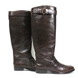Burberry-Boots-Brown