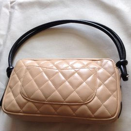 Chanel-pochette Cambon-Beige