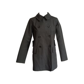 Louis Vuitton-Trenchs-Noir