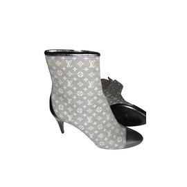 Louis Vuitton-bottines-Gris