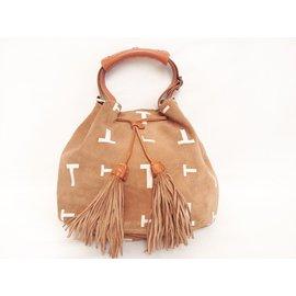 c89abb53c42a Second hand Tod s Handbags - Joli Closet