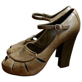 Chloé-Sandals-Khaki