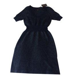 Louis Vuitton-Robe-Gris