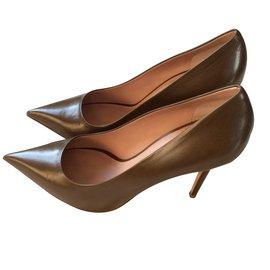 Céline-Heels-Khaki