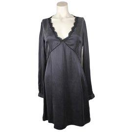 Les Petites-Dresses-Black