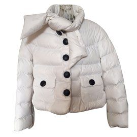 7a922eb2731e vetements enfants Moncler occasion - Joli Closet