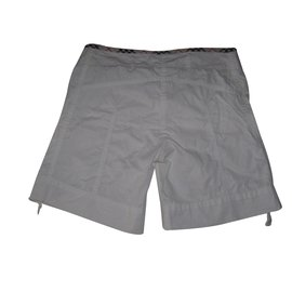 Burberry-Shorts-White