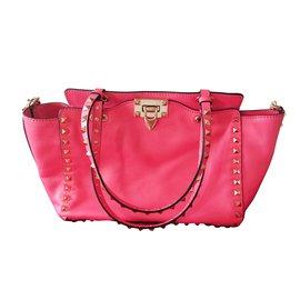 Valentino-Handbags-Pink