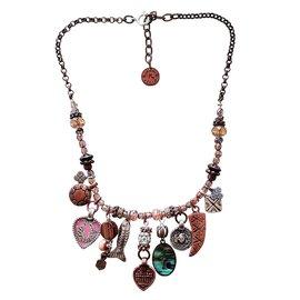 Reminiscence-Necklaces-Bronze