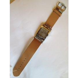 Moschino-Fine watches-Caramel