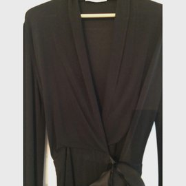 Yves Saint Laurent-Robes-Noir