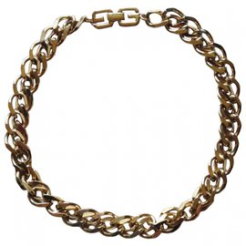 Givenchy-Necklaces-Golden