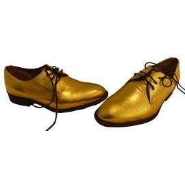 Céline-Lace ups-Golden