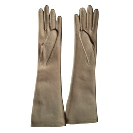 Hermès-Gloves-Grey
