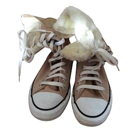 Converse-Sneakers-Beige