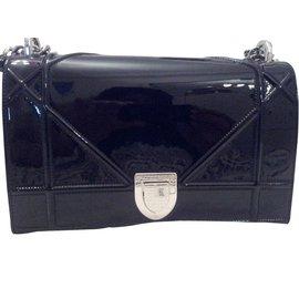 Dior-diorama-Noir