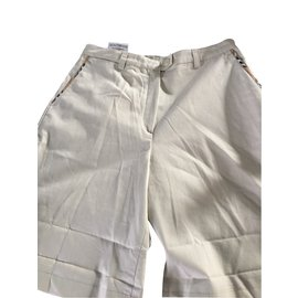 Burberry-Shorts-Beige